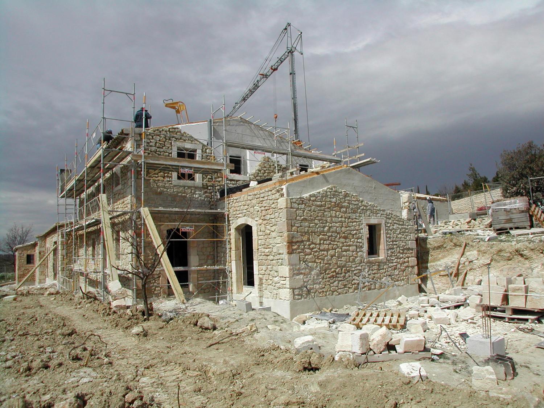 Maisons neuves un mas proven al en pierre a nelson architecte paysagist - Photo de mas provencal ...