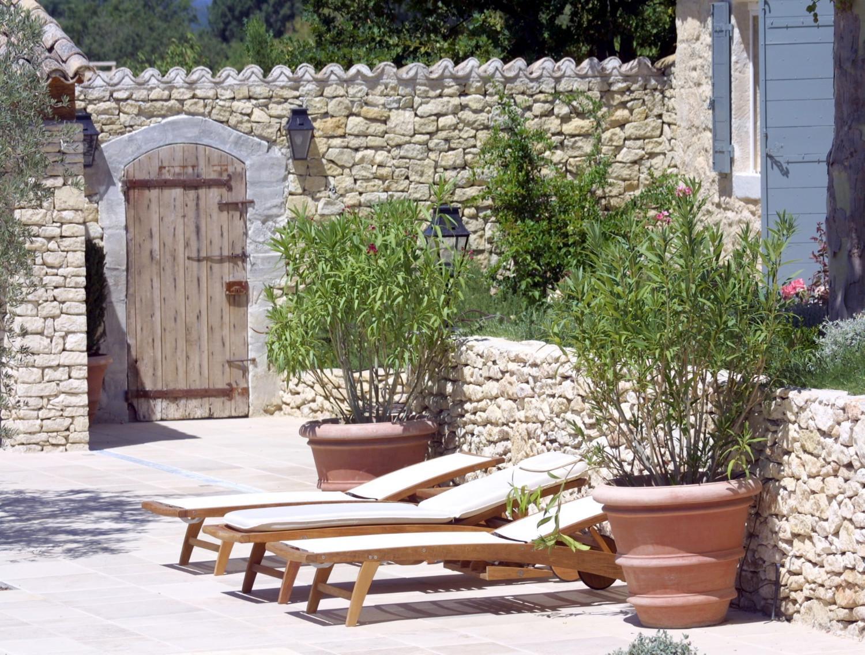 mat riaux anciens pierres marbre terre cuite et bois a nelson architecte paysagiste en. Black Bedroom Furniture Sets. Home Design Ideas