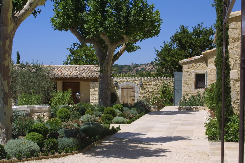 Architecte en provence andrew nelson architecte for Photo de mas provencal